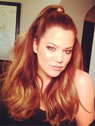 khloe kardashian half up hair